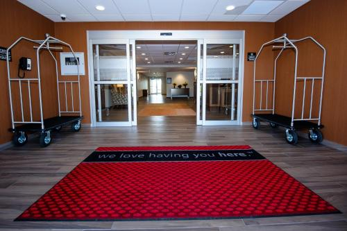 Hampton Inn & Suites Truro Nova Scotia - Truro, NS 843-4343