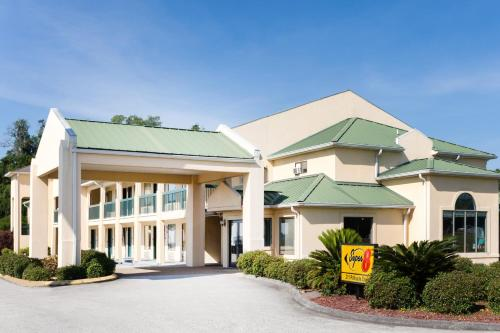 Super 8 By Wyndham Brunswick/south - Brunswick, GA 31520