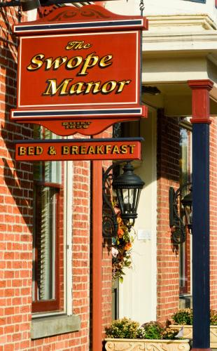 The Swope Manor Bed & Breakfast - Gettysburg, PA 17325