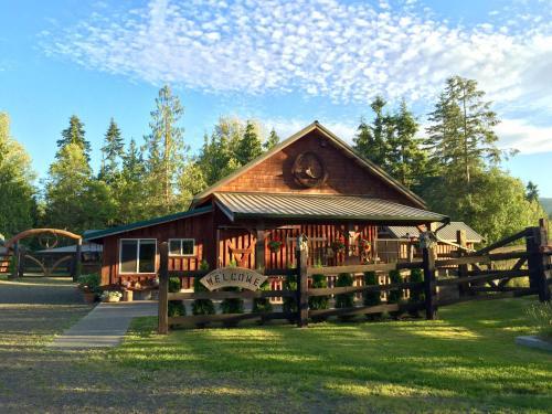 Bond Ranch Retreat - Sequim, WA 98382