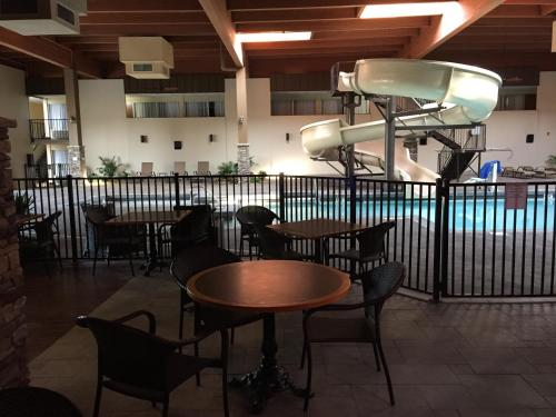 Cascades Mountain Resort, an Ascend Hotel Collection Member Photo