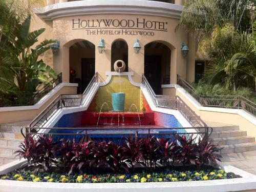 Hollywood Hotel - The Hotel of Hollywood Near Universal Studios Photo