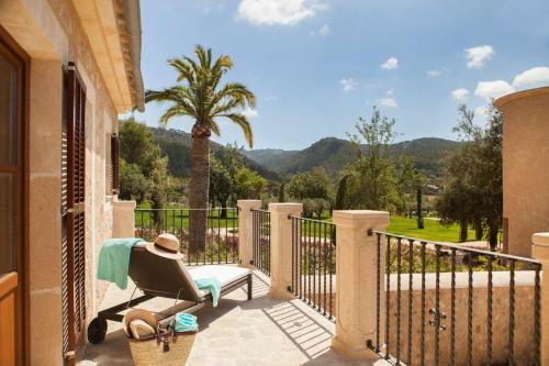Habitación Doble Deluxe con balcón Castell Son Claret 10