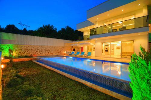 Üzümlü Private Villa Arel ulaşım