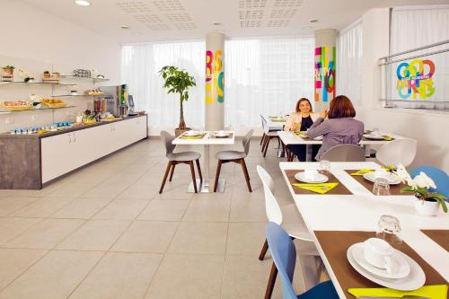 Séjours & Affaires Paris Bagneux photo 11