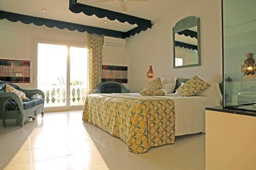 Junior Suite - single occupancy Vistabella 3