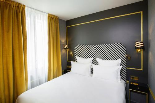 Snob Hotel by Elegancia photo 12