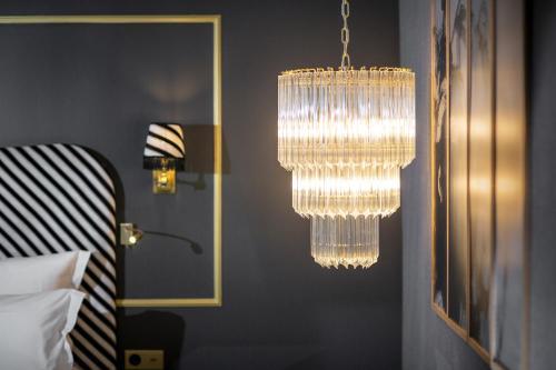 Snob Hotel by Elegancia photo 24