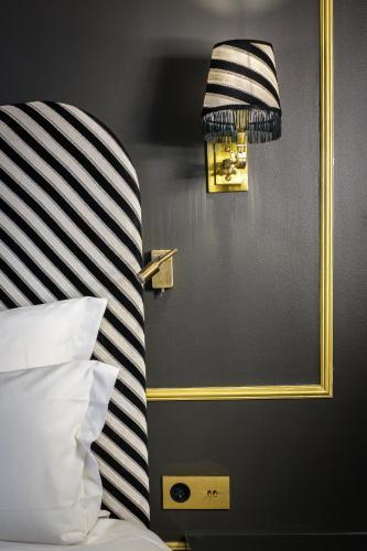 Snob Hotel by Elegancia photo 25