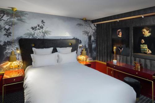 Snob Hotel by Elegancia impression