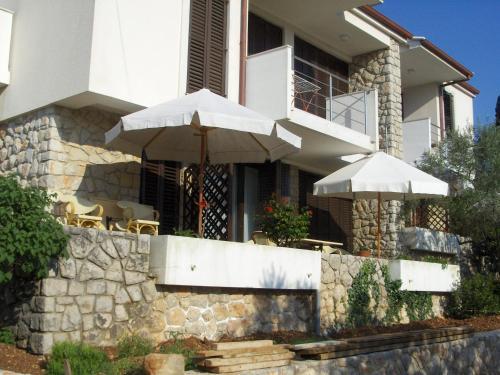Apartments Ljubo & Lili