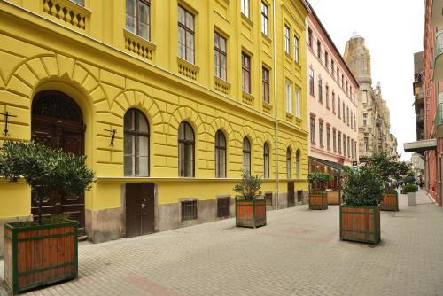 Opera Garden Hotel & Apartments photo 48