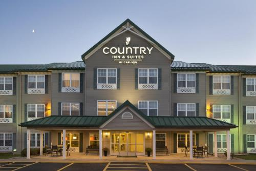 Country Inn & Suites by Radisson, Ankeny, IA Photo