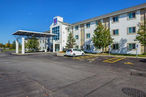Motel 6 - Toronto East - Whitby - Whitby, ON