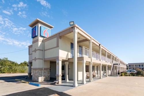 Motel 6 Wichita Falls - North Photo