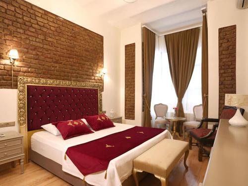 Istanbul Hutsuite Hotel harita
