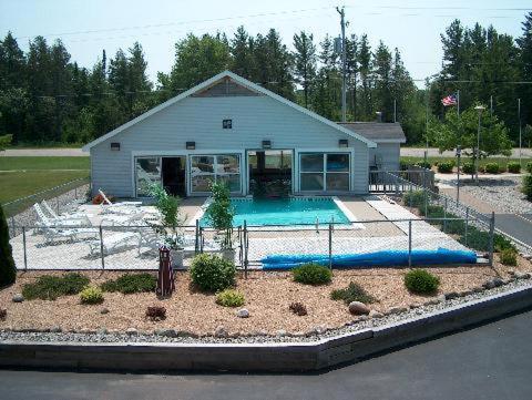 North Winds Motel - Carp Lake, MI 49701
