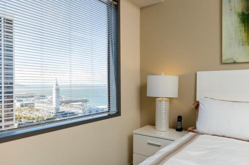Global Luxury Suites at Howard Street photo 21