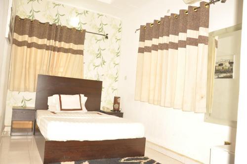 HotelAlma Place