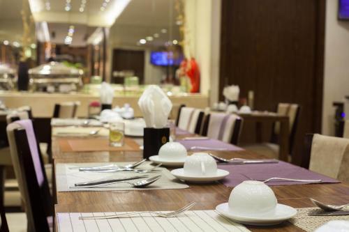 Authentic Hanoi Hotel photo 16