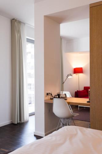 GRIMM's Hotel Mitte photo 10