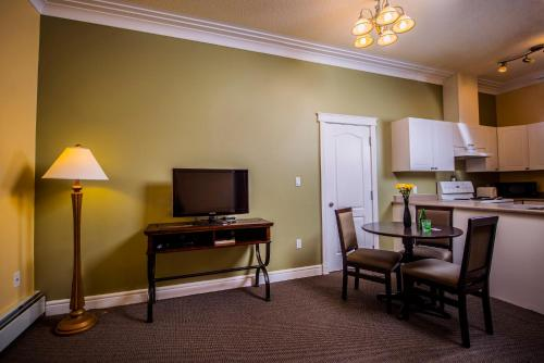 Stanton Suites Hotel Yellowknife - Yellowknife, NT X1A 3Z3