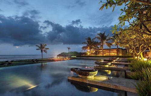 Banjar Dukuh, Desa Kelating, Kerambitan, Tabanan, Bali 82161, Indonesia.