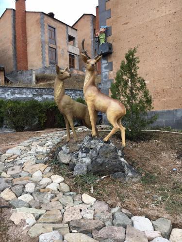 Deer Villa