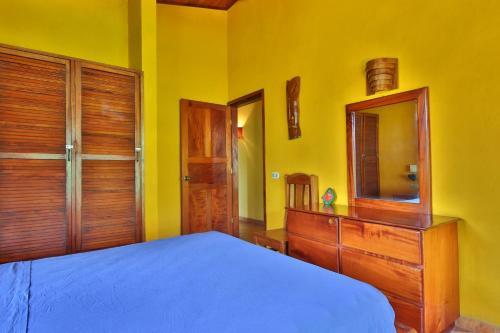 Hotel Bahia Esmeralda Photo