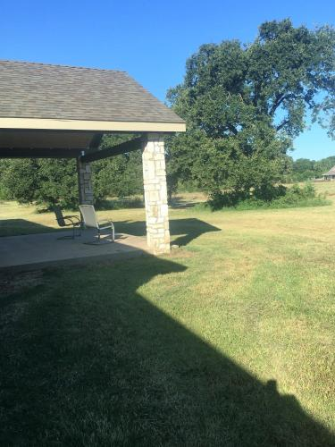 Quiet Home On 3 Acres - Kaufman, TX 75142