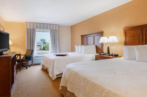 Hampton Inn And Suites Detroit Chesterfield Township Hotel New Baltimore