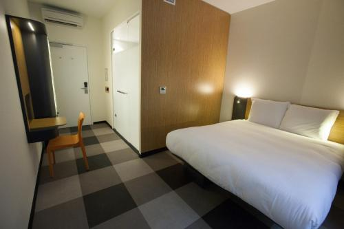 easyHotel Brussels City Centre photo 37