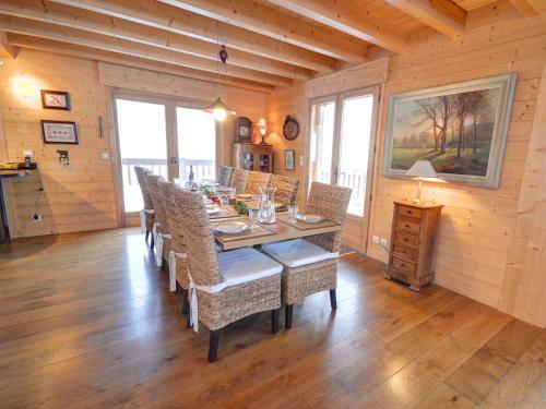 Property Image#12 Luxury 2 Bed Home In Dealu0027s Conservation Area Yards From  The Beach
