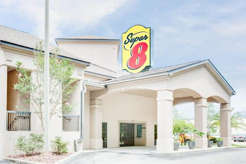 Super 8 By Wyndham Diberville Biloxi Area - Biloxi, MS 39532
