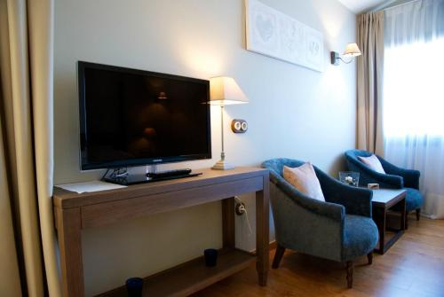 Suite Hotel Villa Monter 17