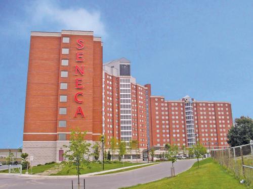 Residence & Conference Centre - Toronto - Toronto, ON M2J-5G3
