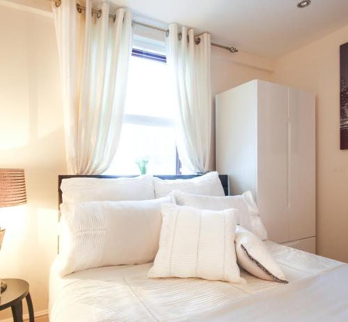 2 Bedroom Westminster Abbey