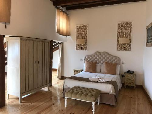 Deluxe Double Room Hostal Central Palace Madrid 12