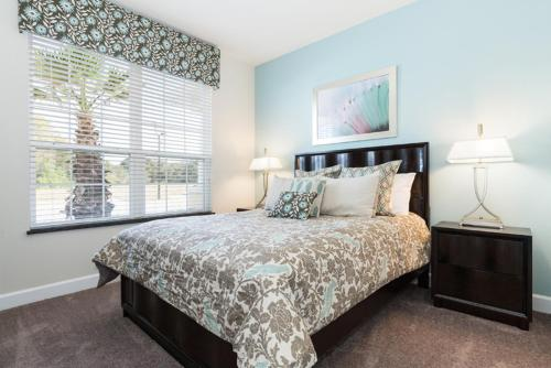 1445 Retreat Circle - Davenport, FL 34714