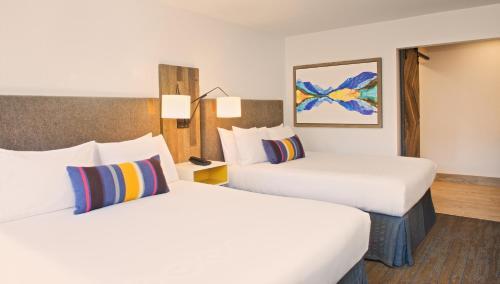 Hotel Becket - Lake Tahoe, CA 96150