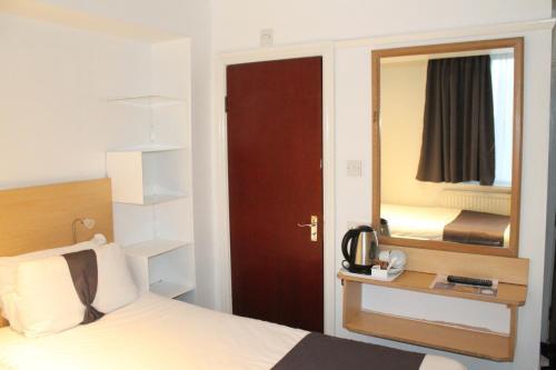 Euro Lodge Clapham photo 93