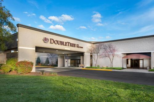 Doubletree By Hilton Lawrence - Lawrence, KS 66044