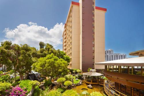 Pagoda Hotel Photo