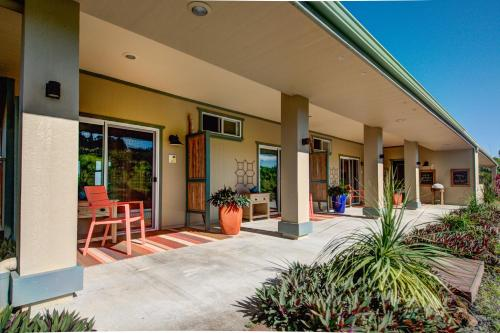Mahana House Country Inn Photo