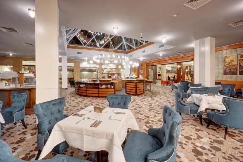 Hotel Aro Palace photo 48