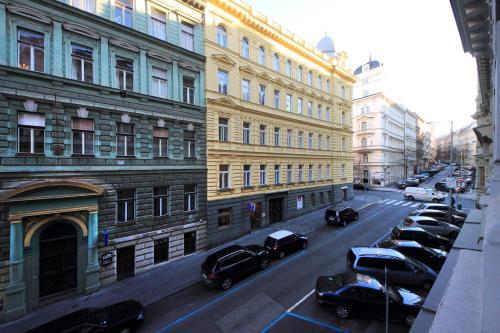 Mánesova Apartment photo 26