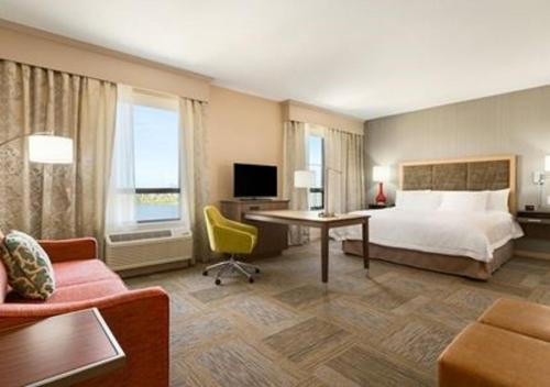 Hampton Inn by Hilton Edmonton/Sherwood Park in Sherwood Park