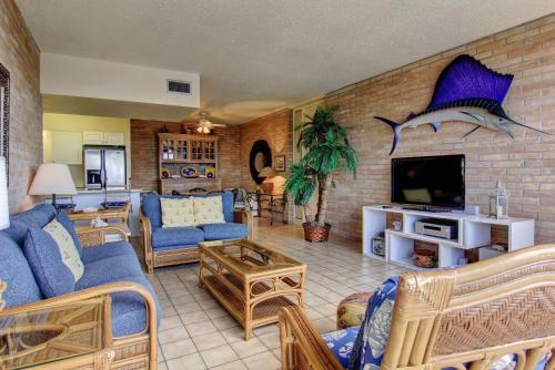 Channelview 105 Photo