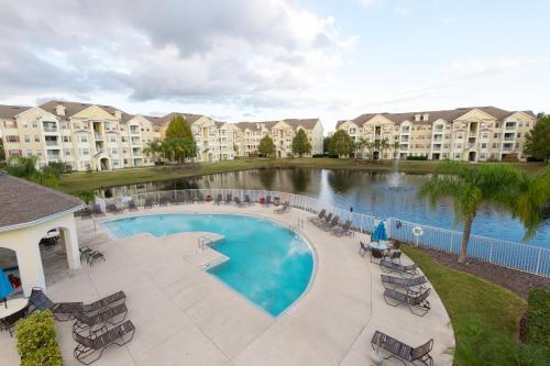 Pleasant Condo Near Disney - Kissimmee, FL 34746