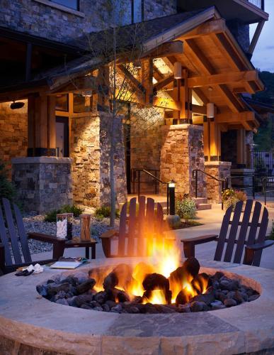 Edgemont 2703 - Steamboat Springs, CO 80487